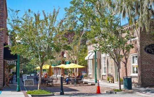 downtown summerville restaurants and shopping